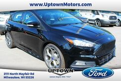 2017_Ford_Focus Hatchback_ST HATCHBACK_ Milwaukee and Slinger WI