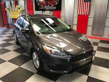 2017_Ford_Focus_SE 4dr Hatchback_ Chesterfield MI