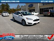 2017_Ford_Focus_SE Sedan_ Augusta GA