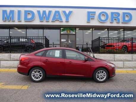 2017_Ford_Focus_SE_ Roseville MN