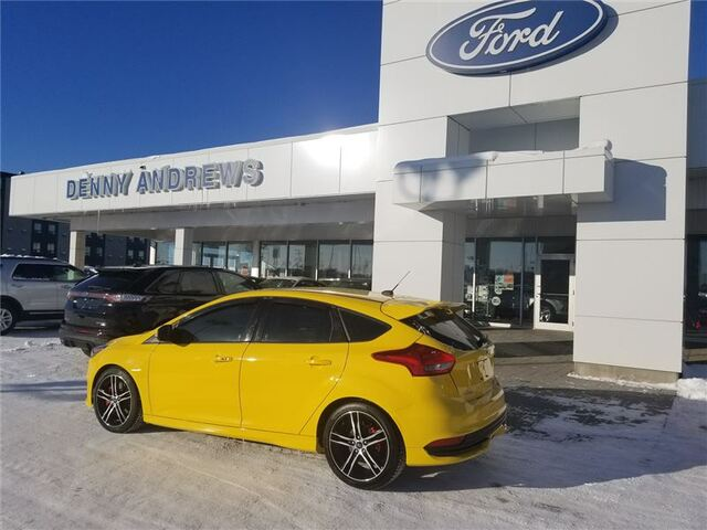 2017_Ford_Focus_ST HATCHBACK 6SPD 11400KM_ Edmonton AB