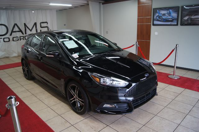 2017 Ford Focus St Hatch Charlotte Nc 23712603