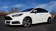 Ford Focus ST / TURBO 4-CYL / 6-SPD MAN / 18K MILES 2017