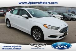 2017_Ford_Fusion_SE_ Milwaukee and Slinger WI