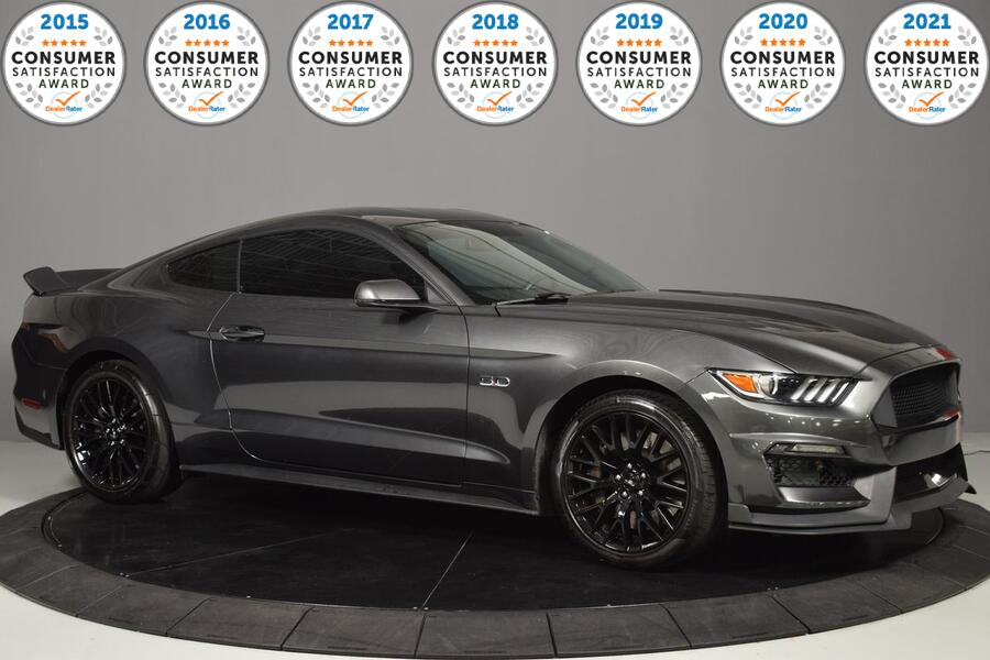 2017_Ford_Mustang_GT_ Glendale Heights IL