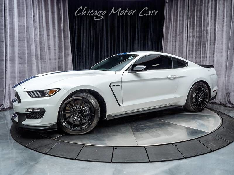 2017_Ford_Mustang_Shelby GT350_ Chicago IL