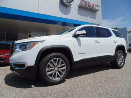 2017_GMC_Acadia_SLE_ Paris TN