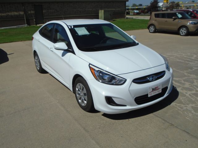 2017 Hyundai Accent SE 4-Door 6A Colby KS