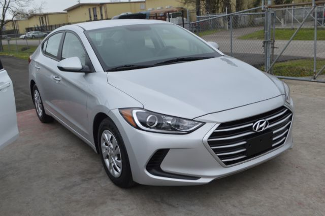 2017 Hyundai Elantra SE 6AT Houston TX