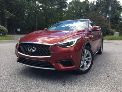 2017_INFINITI_QX30_BASE_ Charleston SC