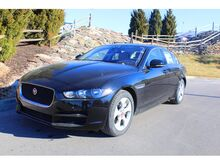 2017_Jaguar_XE_20d_ Kansas City KS