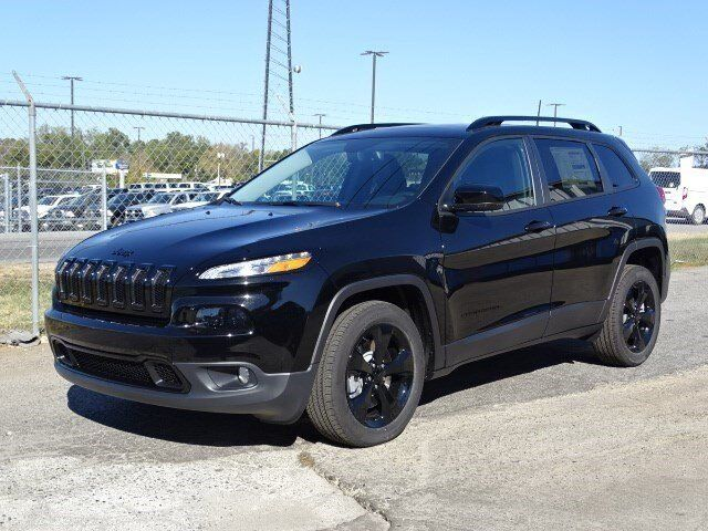 Jeep Cherokee Altitude >> 2017 Jeep Cherokee High Altitude Winder Ga 15625645
