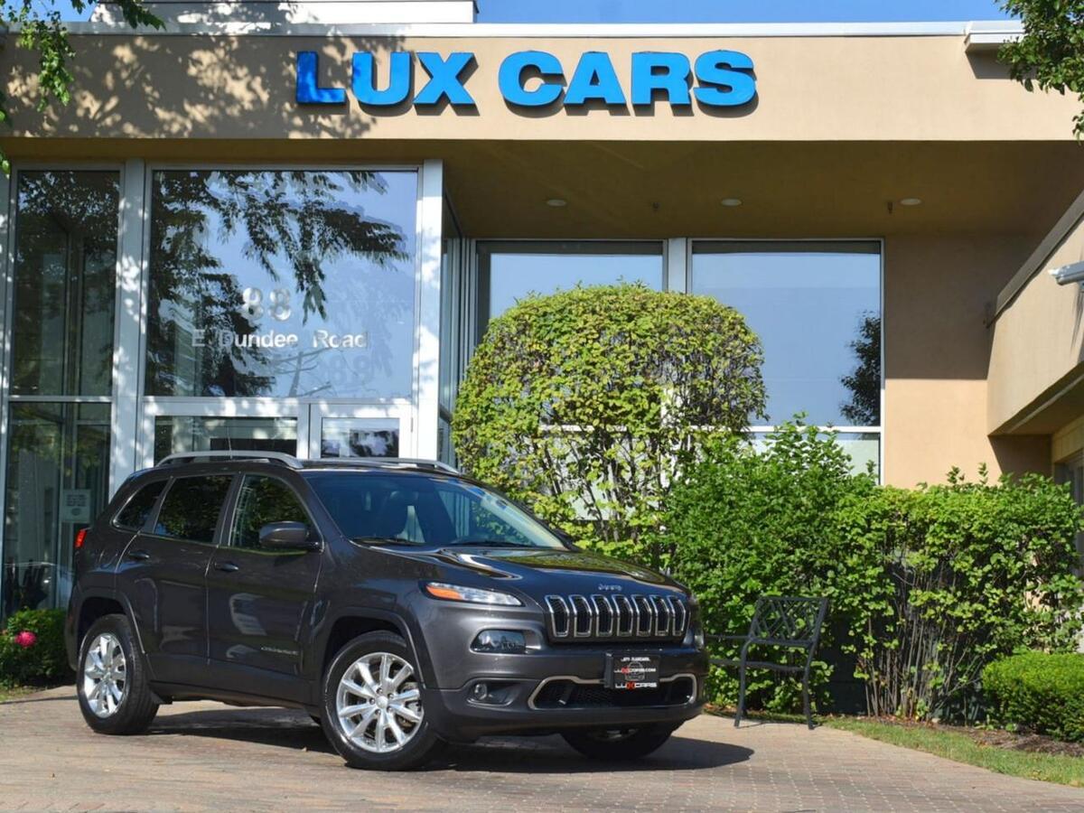 2017_Jeep_Cherokee_Limited Panoroof Nav 4WD_ Buffalo Grove IL
