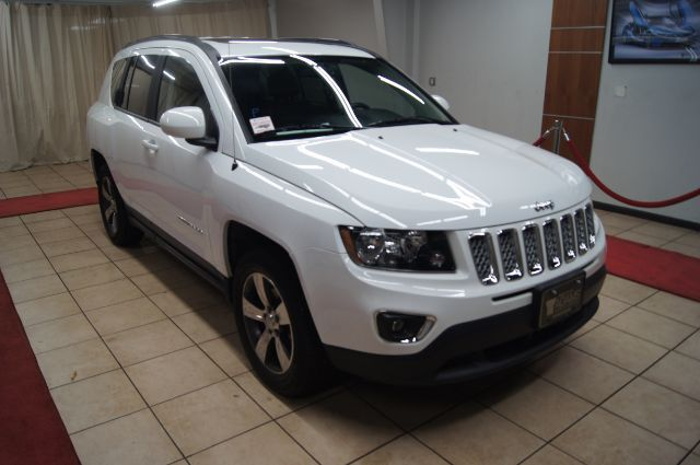 2017 Jeep Compass high altitude leather and and roof Charlotte NC