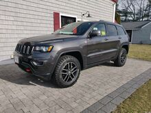 2017_Jeep_Grand Cherokee_Trailhawk_ Marshfield MA
