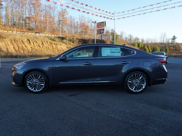 2017 Kia Cadenza Limited Mount Hope WV