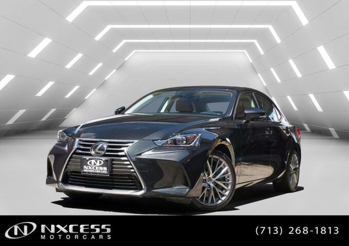 2017 Lexus IS IS Turbo 1 Owner Clean Carfax Factory Warranty. Houston TX