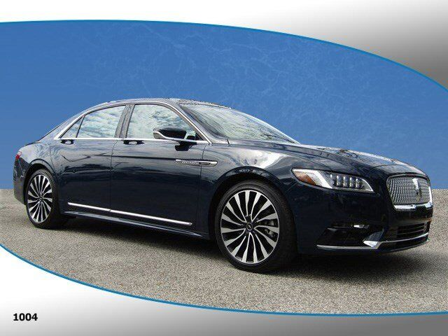 Vehicle details 2017 Lincoln Continental at Island Lincoln Merritt
