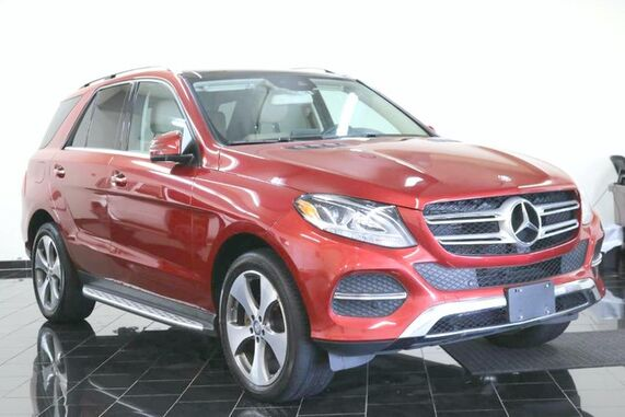2017_Mercedes-Benz_GLE_GLE 350 4MATIC SUV, 1 Owner, Clear Carfax, Premium 2 Package, Navigation System, Back-up Camera, Panorama Moonroof, Running Boards, Harmon / Kardon Logic 7Premium Sounds,_ Leonia NJ