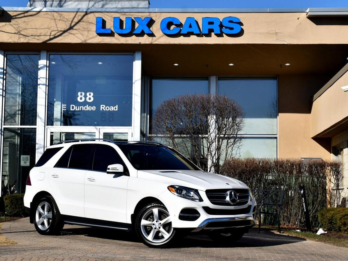 2017_Mercedes-Benz_GLE350_Panoroof Nav P1 4MATIC MSRP $63,370_ Buffalo Grove IL