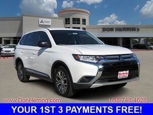 2017 Mitsubishi Outlander ES7-passenger seating 61 touch-panel display audio system Hands-free