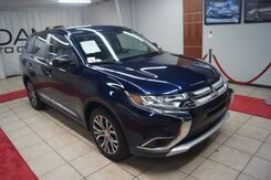 2017_Mitsubishi_Outlander_PREMIUM PACKAGE WITH 3RD SEAT_ Charlotte NC