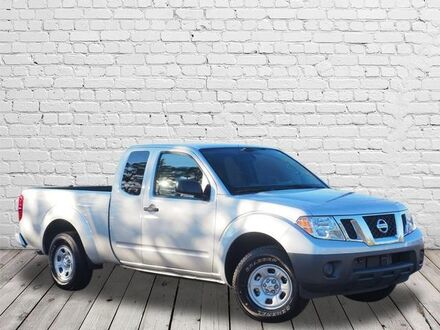 2017_Nissan_Frontier_S_ Southern Pines NC