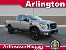 2017_Nissan_Titan_PRO_ Arlington Heights IL