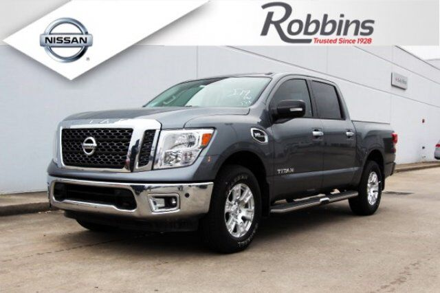 2017 Nissan Titan Sv W Comfort And Convenience Package