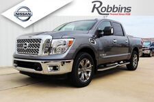 2017_Nissan_Titan_SV w/Comfort and Convenience Package_ Houston TX