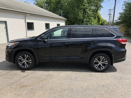 2017 Toyota Highlander LE Plus Glenwood IA