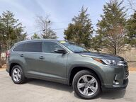 2017 Toyota Highlander Limited Bloomington IN
