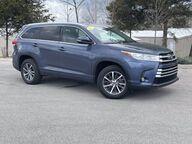 2017 Toyota Highlander XLE Bloomington IN