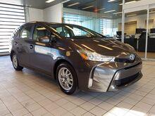 2017_Toyota_Prius v_Five_ Philadelphia PA