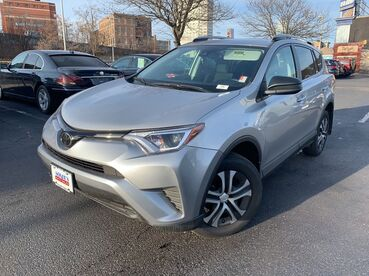 2017_Toyota_RAV4_LE_ Worcester MA
