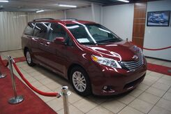 2017_Toyota_Sienna_XLE PREMIUM ,SUN ROOF,BLU RAY,NAVIGATION,LEATHER MEMORY SEATS_ Charlotte NC