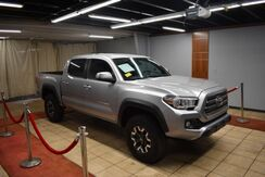 2017_Toyota_Tacoma_TRD Off Road Double Cab 5'''''''' Bed V6 4x2 AT (SE)_ Charlotte NC