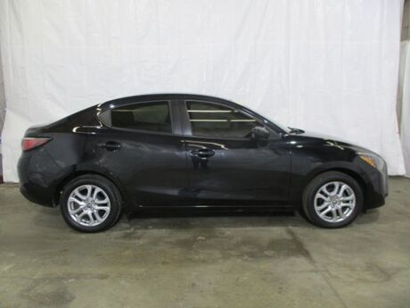 2017 Toyota Yaris iA 6A Middletown OH