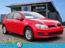 2017_Volkswagen_Golf_1.8T S_ West Chester PA
