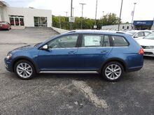 2017_Volkswagen_Golf Alltrack_TSI SE 4Motion_ Kansas City MO