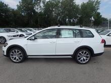 2017_Volkswagen_Golf Alltrack_TSI SEL 4Motion_ Kansas City MO