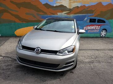 2017_Volkswagen_Golf_TSI Wolfsburg Edition 6A_ Saint Joseph MO