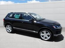 2017_Volkswagen_Touareg_Executive_ Walnut Creek CA