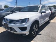 2017 Volkswagen Touareg V6 Watertown NY