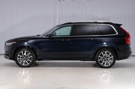 2017_Volvo_XC90 AWD_Momentum_ West Chester PA