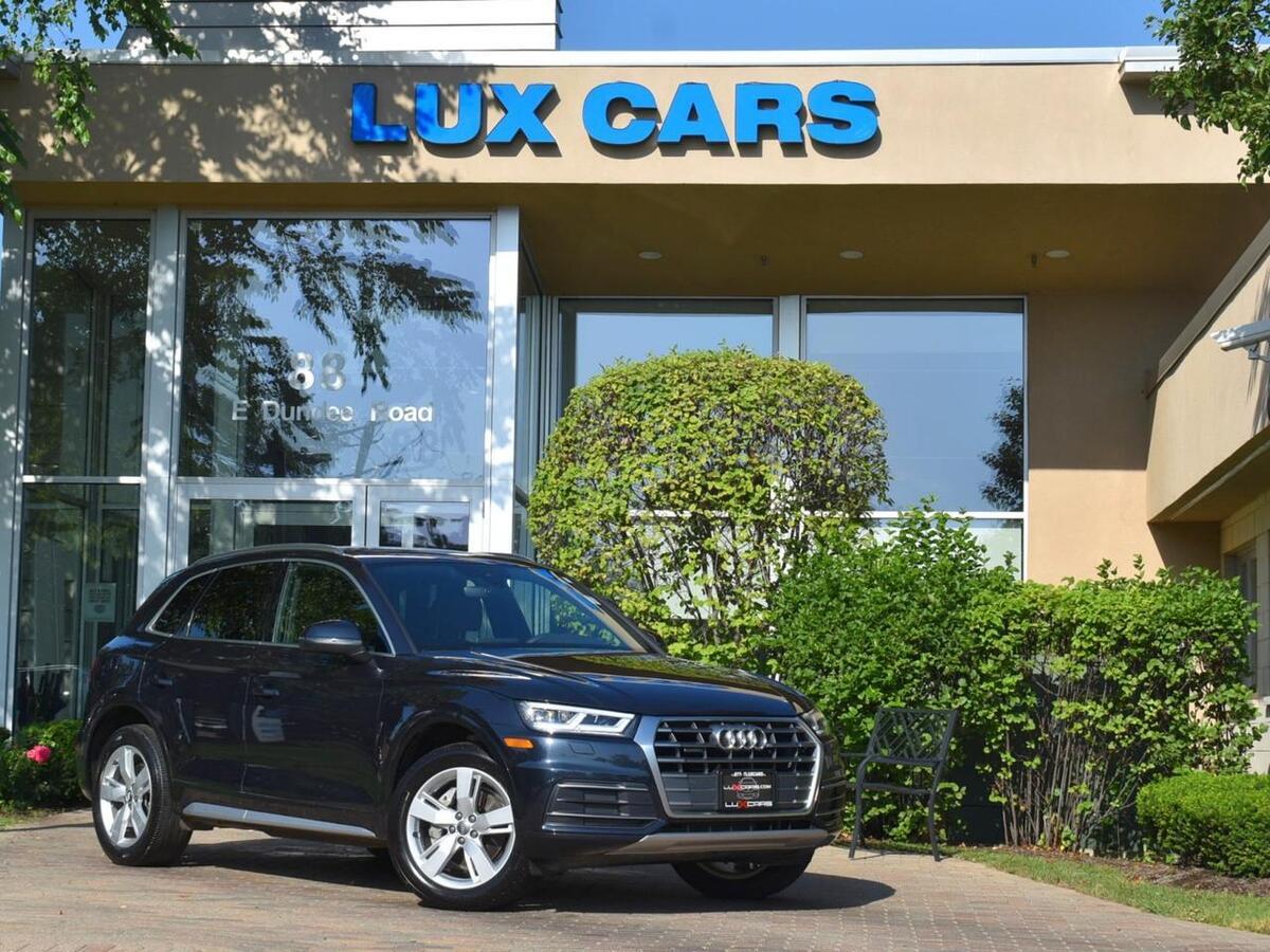 2018_Audi_Q5_Premium Plus Panoroof Nav AWD MSRP $50,975_ Buffalo Grove IL
