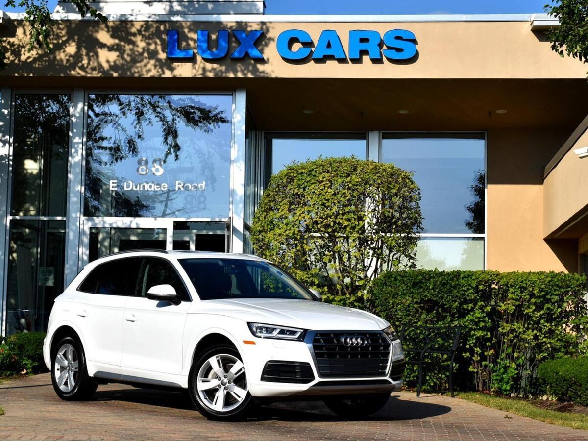 2018_Audi_Q5_Premium Plus Panoroof Nav Quattro MSRP $50,375_ Buffalo Grove IL