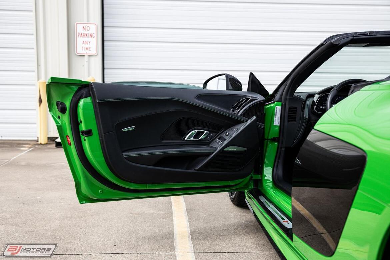 2018 Audi R8 5.2 Quattro V10 Plus Spyder Tomball TX