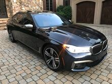 2018_BMW_7-Series_M760i xDrive V12 PICNIC TABLE,DVD,EXECUTIVE PACK, DRIVER ASSIST ,HEADS UP D_ Charlotte NC