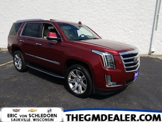 2018 Cadillac Escalade Luxury 4WD w/Sunroof Nav HtdCldMemLthr 22s CUE SurroundVision Milwaukee WI